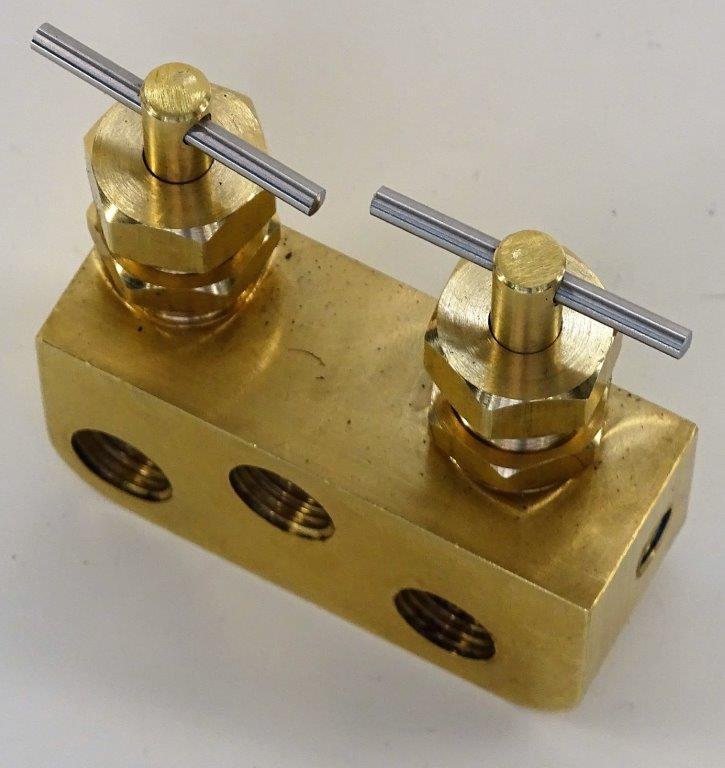 B260288-Halftrack-Fuel-tap-2.jpg
