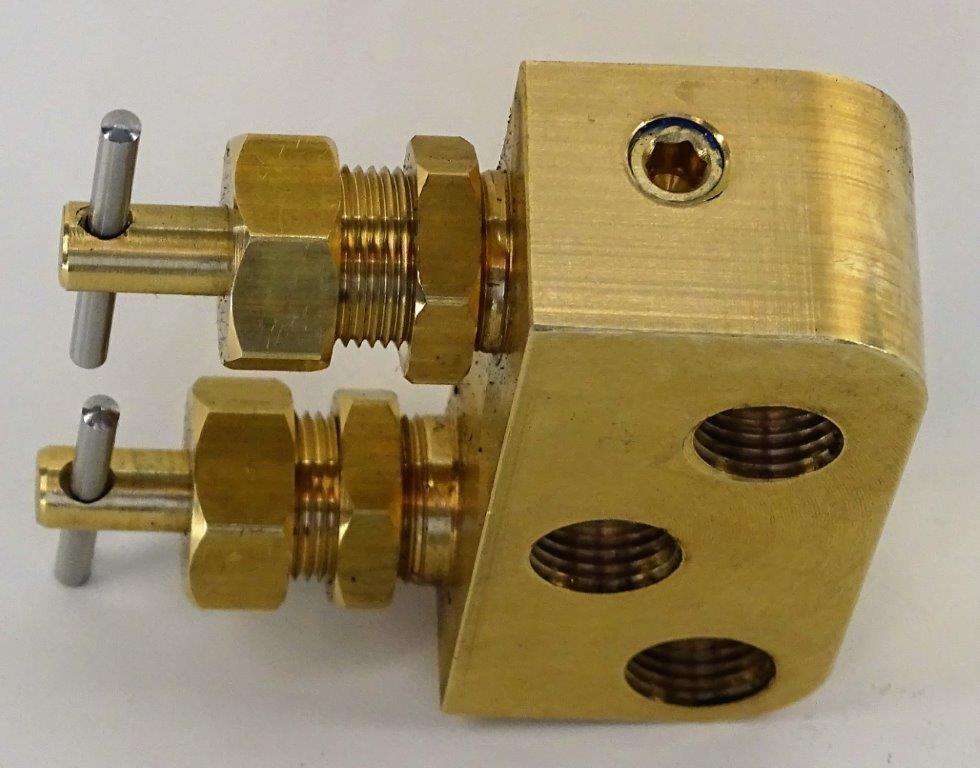B260288-Halftrack-Fuel-tap-3.jpg