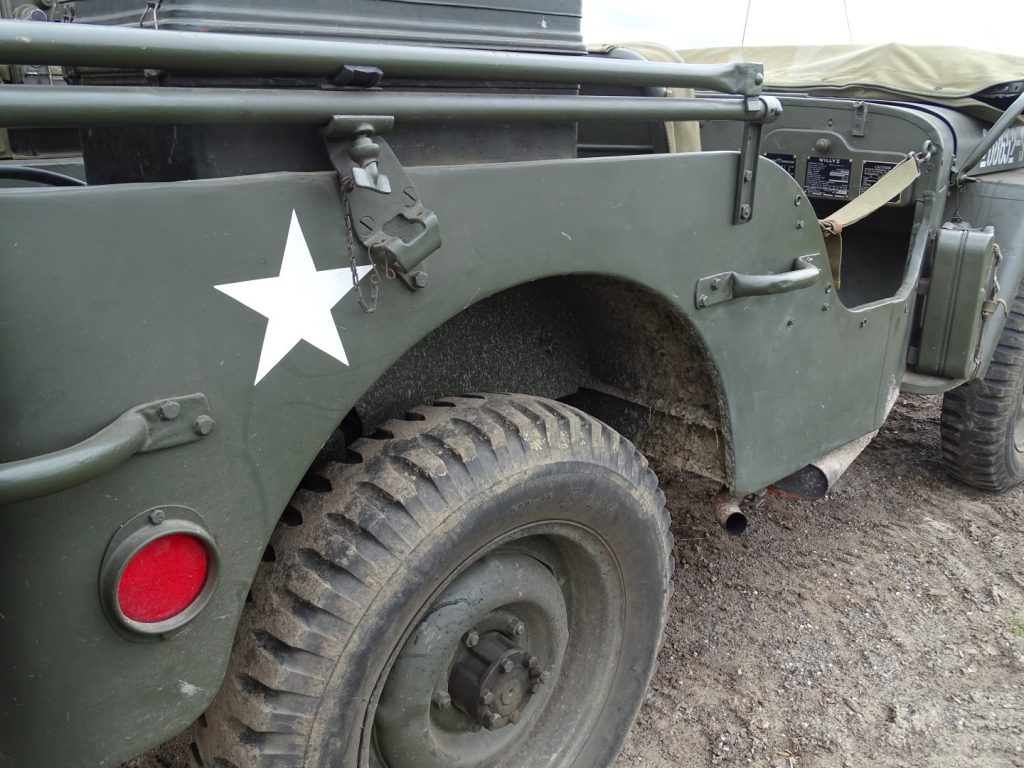 Willys MB-16