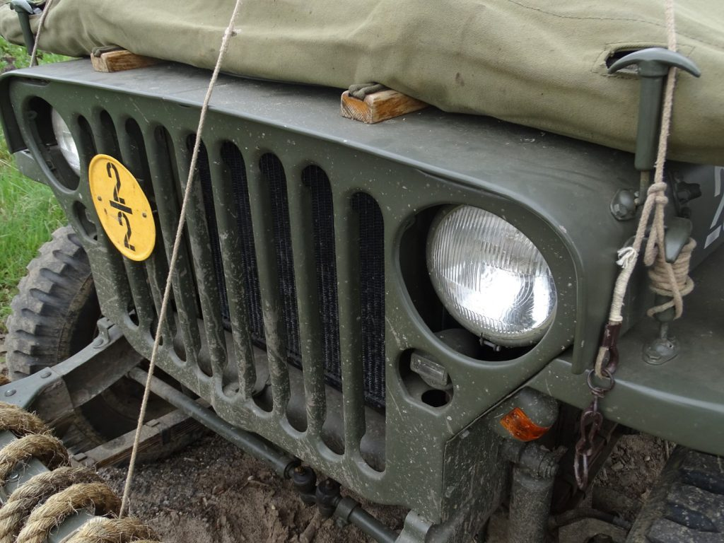 Willys MB-19