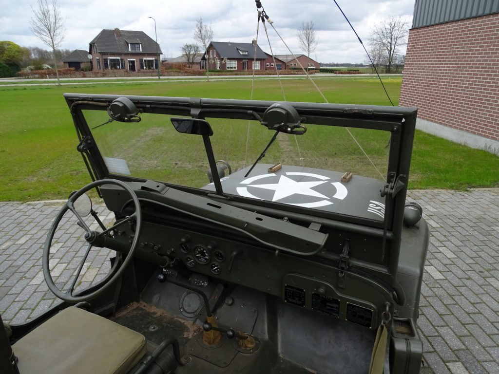 Willys MB-26