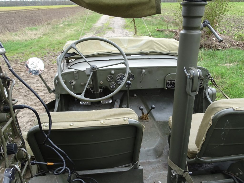 Willys MB-9