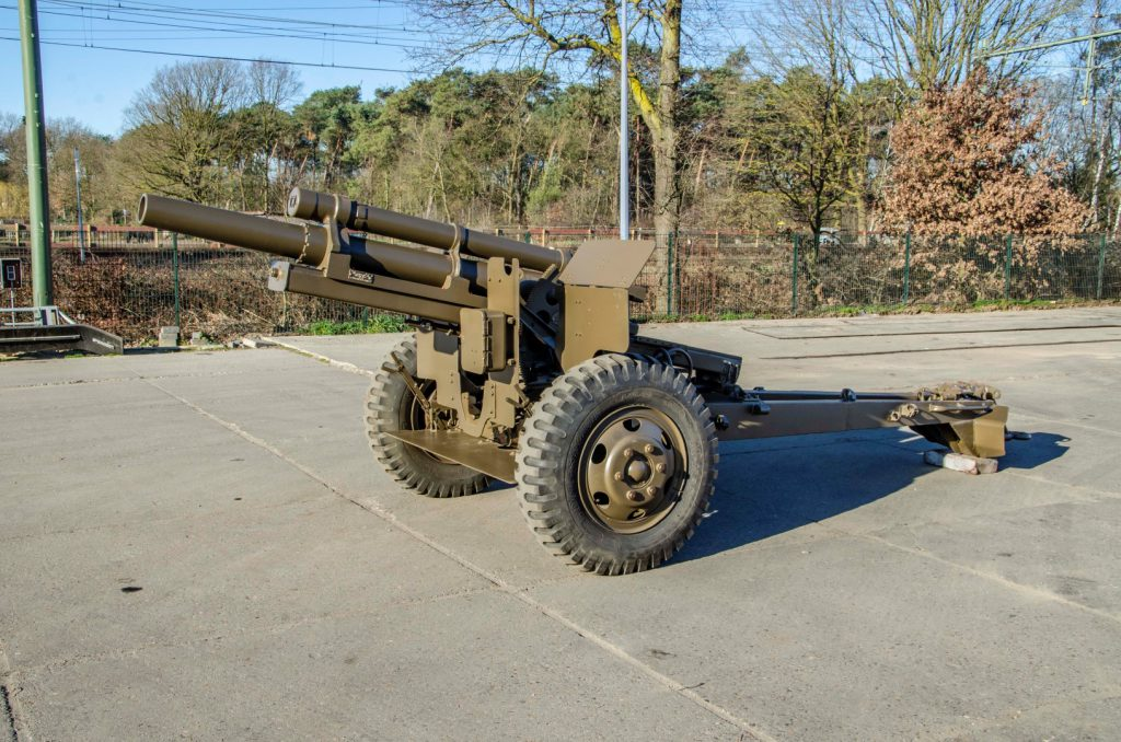 BAIV 105 MM Howitzer M2A1-1