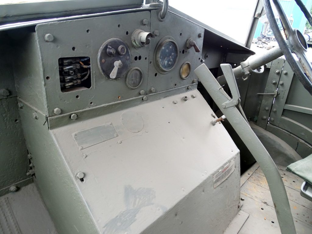 Morris 2283 C8GS 969 (9)