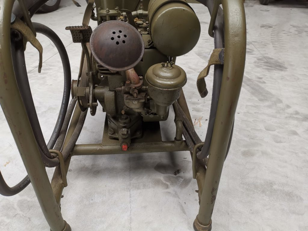 BAIV US air compressor 1943 (2)