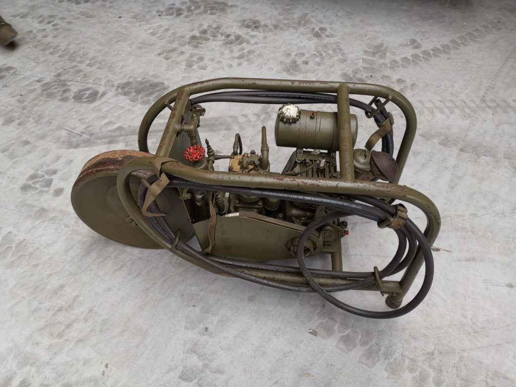 BAIV US air compressor 1943 (4)