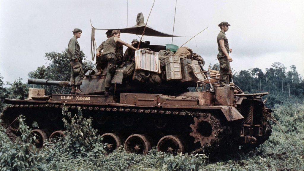 BAIV M48A5-11 US Marines on an M48 in Vietnam