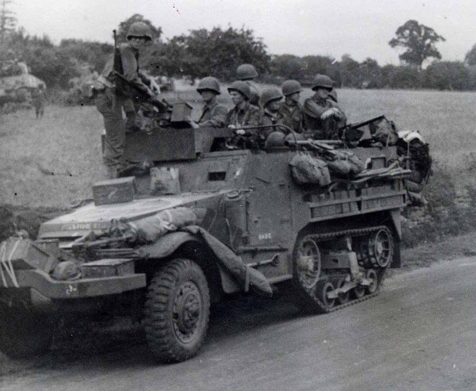 Halftrack M3A1 France 2