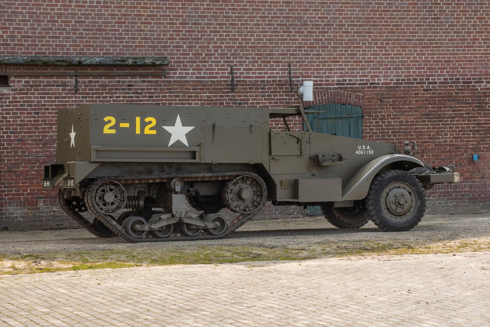 Half Track M4A1 Mortar (27)