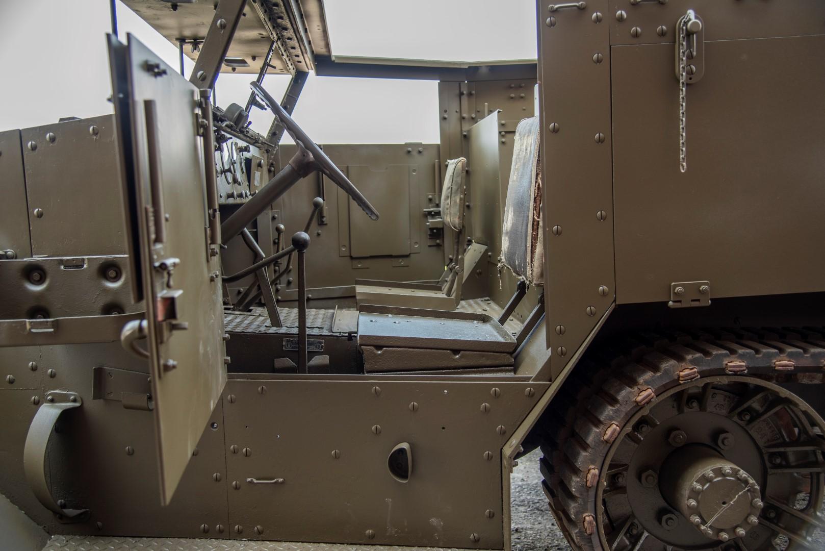 Half Track M4A1 Mortar (34)